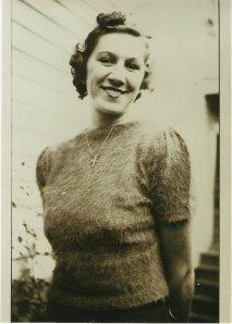 VIRGINIA LIMES 1930 IN SHORT SLEEVE SWEATER