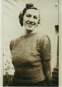 VIRGINIA LIMES 1930 IN SHORT SLEEVE SWEATER