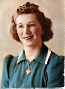 VIRGINIA LIMES 1940S IN TEAL COLOR DRESS