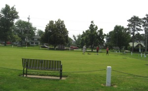 JULY 5 2015 - LAWN BOWLERS AT LAKEVIEW PARK - 3
