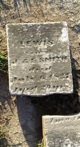 COCHRAN CEMETERY -LEWIS SMITH BROKEN STONE - 8-8-2015