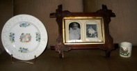HARRY & SCOTT LIMES BABY PHOTOS CUP & PLATE - 2