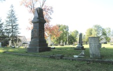 RIDGELAWN CEMETERY - OCTOBER 17 2017 - TALL DARK MONUMENT IN FAMILY PLOT