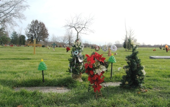 ALL SAINTS CEMETERY - 12-7-2014 -- CHRISTMAS THEME